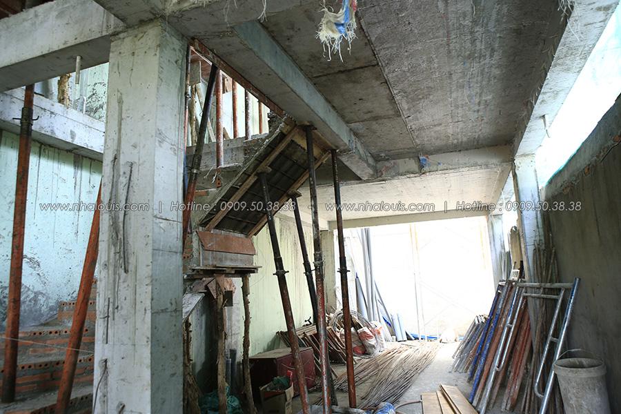 Bám lấy công trình, đẩy nhanh tiến độ thi công tầng 3 nhà ống 5 tầng tại quận 8