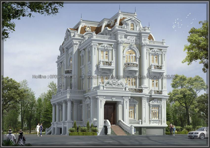 Cất nóc biệt thự cổ điển đẹp 3 tầng hoành tráng tại Thủ Đức