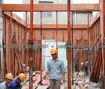 Thi công cốt pha sàn lầu 1 nhà ống 3 tầng hiện đại Tân Bình