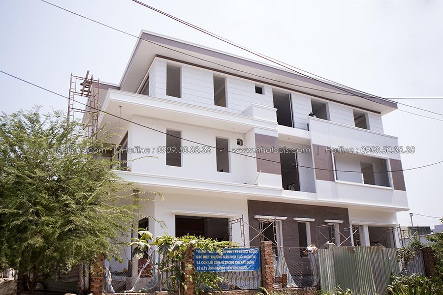 Thi công hoàn thiện biệt thự nhà vườn của anh Lạc quận 8