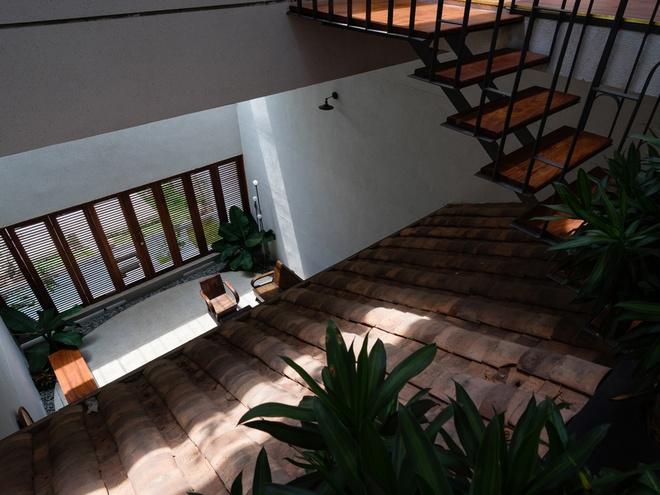 Ấn tượng với ngôi nhà trệt phong cách cổ xưa ở Bình Dương - 05