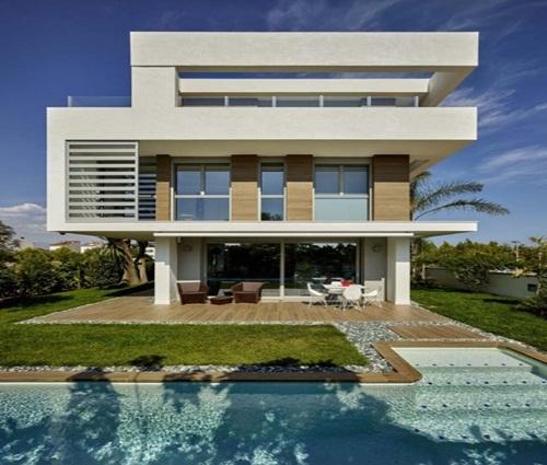 Biệt thự 4 tầng sang trọng với view nhìn ra biển