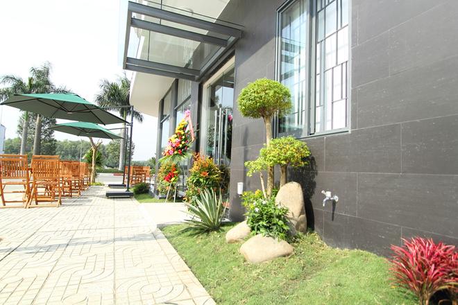 Biệt thự sân vườn kết hợp kinh doanh cà phê