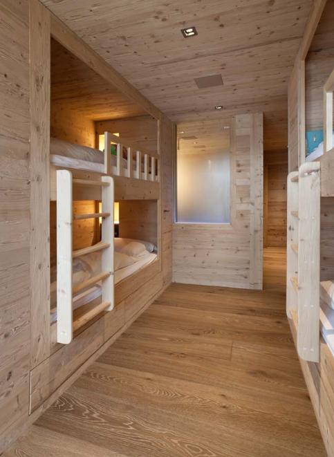 Căn hộ chung cư ấm cúng nhờ nội thất gỗ