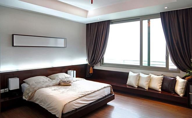 Căn hộ chung cư sang trọng với tone màu trầm