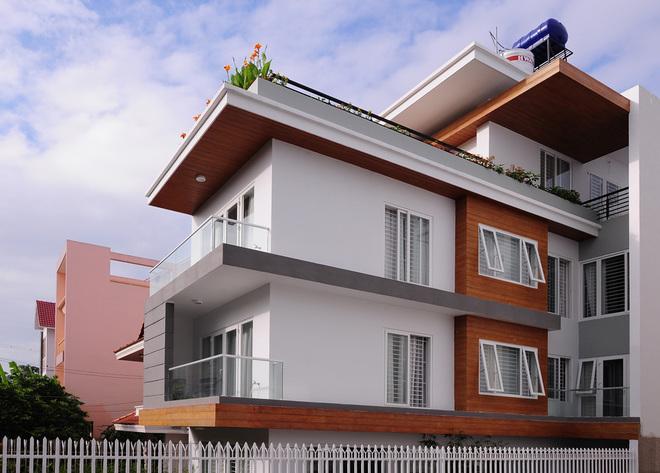 Dạo quanh ngôi nhà phố có kiến trúc mở tại Thành phố Hồ Chí Minh - 01