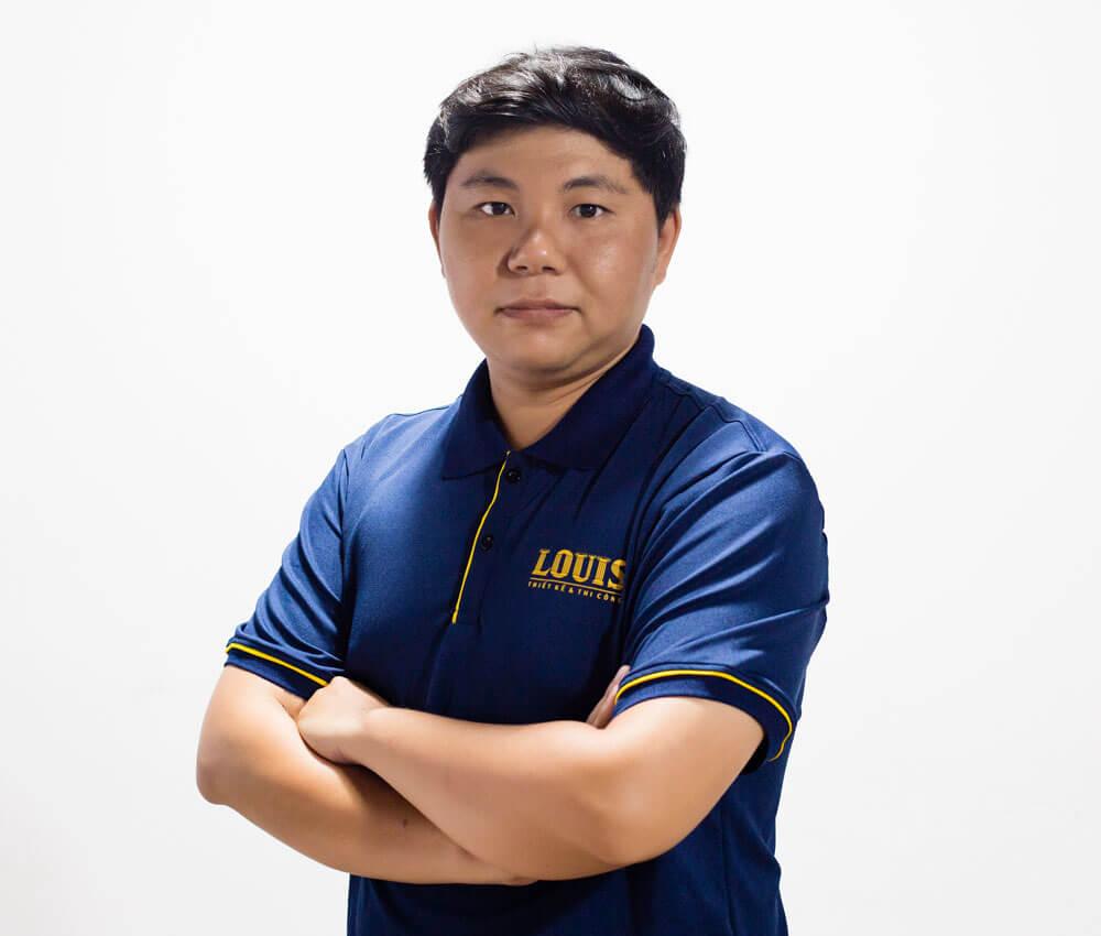 Giám đốc xưởng thiết kế số 5 công ty LOUIS- Hà Quốc Bảo
