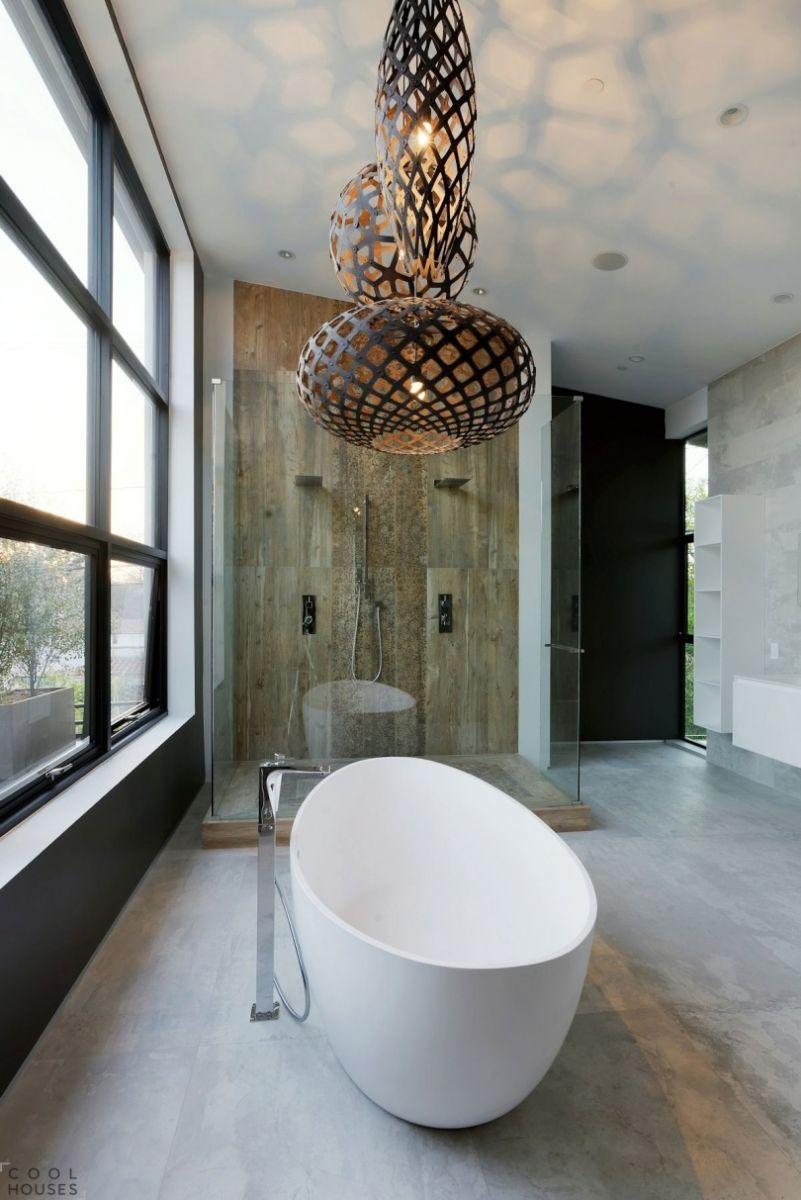 Không gian WC sáng bừng nhờ những thiết kế đèn đẹp mắt