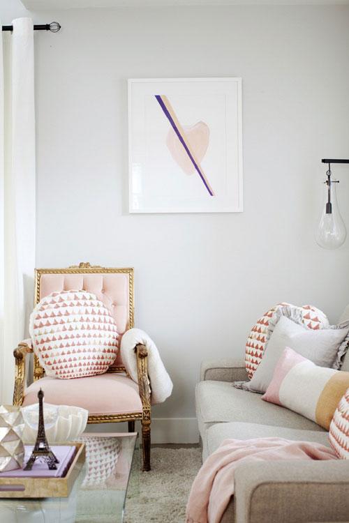 Màu hồng cho phòng khách thêm quyến rũ, lôi cuốn
