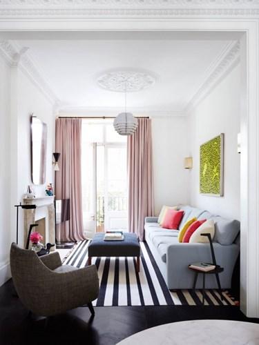 Mẫu phòng khách nhỏ ấn tượng tràn ngập ánh sáng