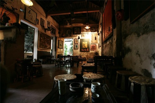 Mẫu quán cafe đẹp phong cách cổ điển