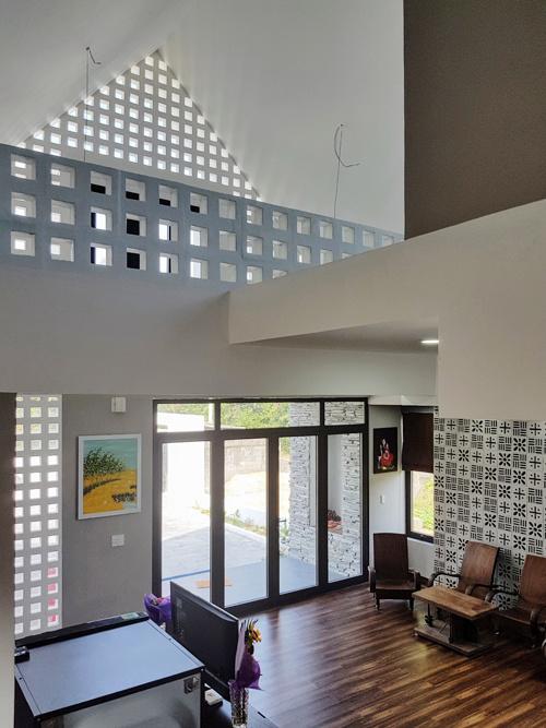 Ngôi nhà cấp 4 tự chủ nhân thiết kế tại Quảng Bình nổi đình nổi đám