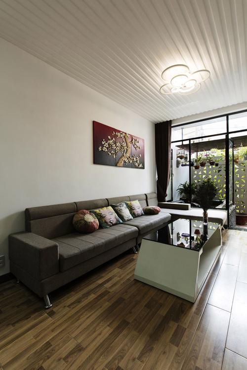 Ngôi nhà phố thiết kế mở nhưng vẫn kín đáo ở Nha Trang -02