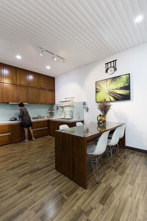 Ngôi nhà phố thiết kế mở nhưng vẫn kín đáo ở Nha Trang -03