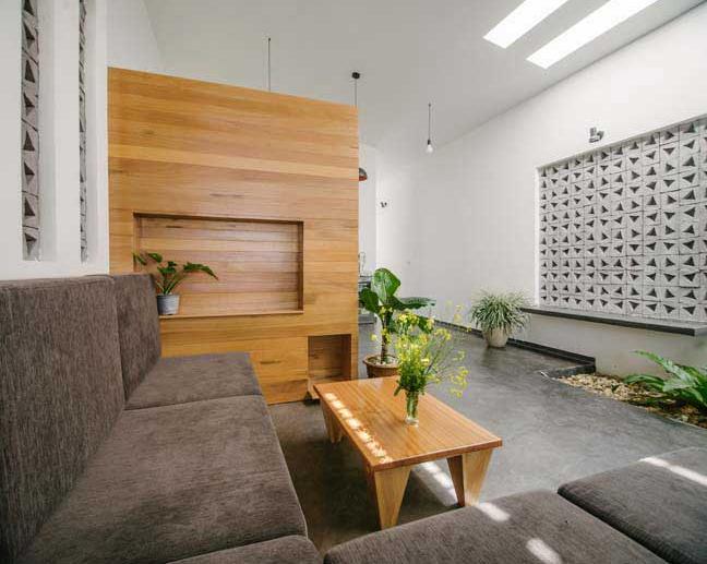 Ngôi nhà trệt mặt tiền cách điệu 1 tầng vô cùng thoáng mát - 04