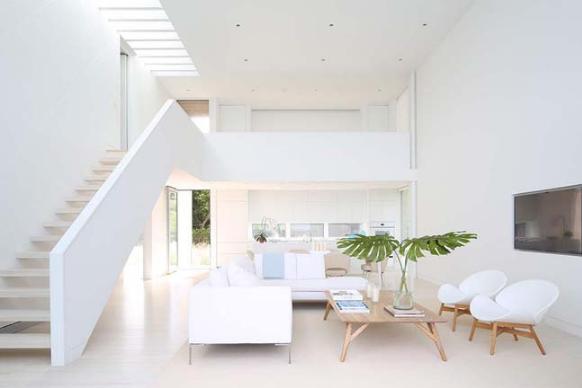 Thiết kế nội thất trắng xóa đẹp tinh khôi cho nhà phố 2 tầng - 01