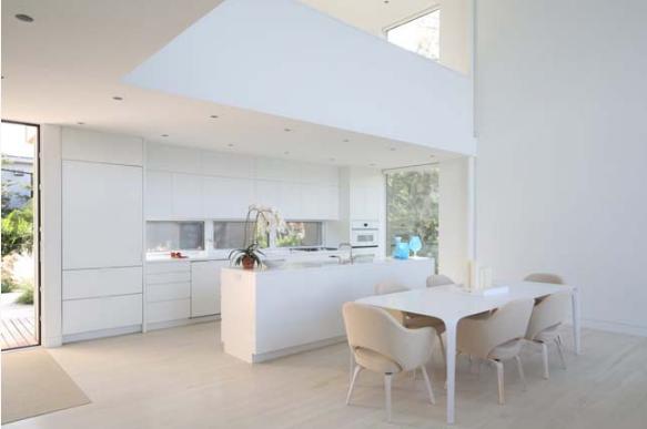 Thiết kế nội thất trắng xóa đẹp tinh khôi cho nhà phố 2 tầng - 03
