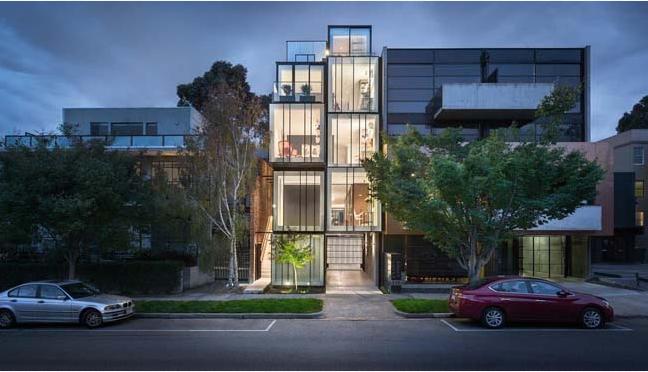Nhà phố cấu trúc kính cao 5 tầng đẹp hiện đại và cá tính - 01