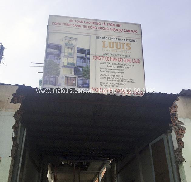 """Những """"con ong chăm chỉ"""" của Louis cần mẫn đổ bê tông sàn tầng 3 nhà phố hiện đại"""