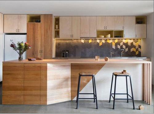 Những phòng bếp nổi bật nhờ gạch ốp tường bắt mắt