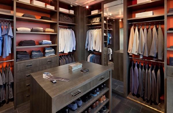 Thiết kế phòng thay đồ cho quý ông sang trọng và lịch lãm