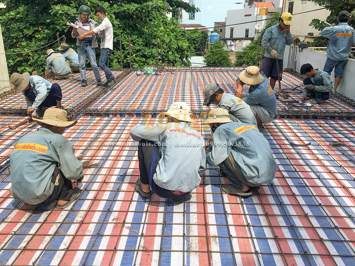 Thi công xây dựng biệt thự mặt tiền tân cổ điển cao 4 tầng đẹp lung linh tại Tân Phú