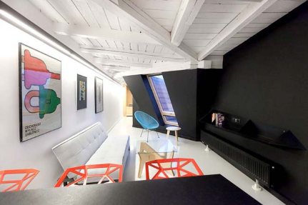 Thiết kế ngôi nhà trệt dạng ống 3m x 14m đầy sáng tạo - 01