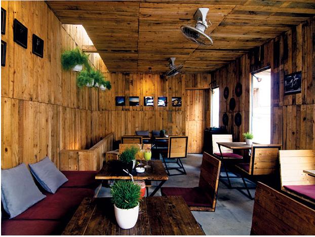 Thiết kế những góc quán cà phê cho người đến để làm việc