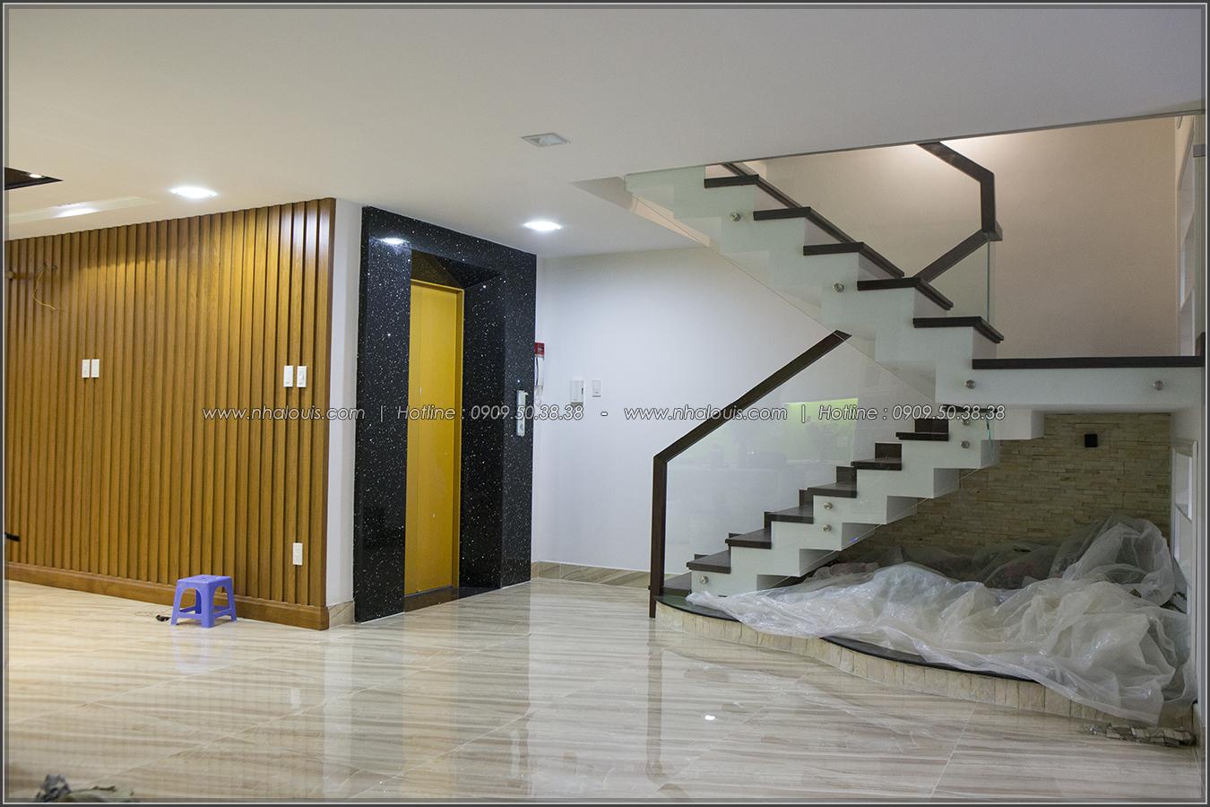 Thiết kế và thi công biệt thự phố đẹp với hồ bơi xanh mát tại Tân Bình - 04