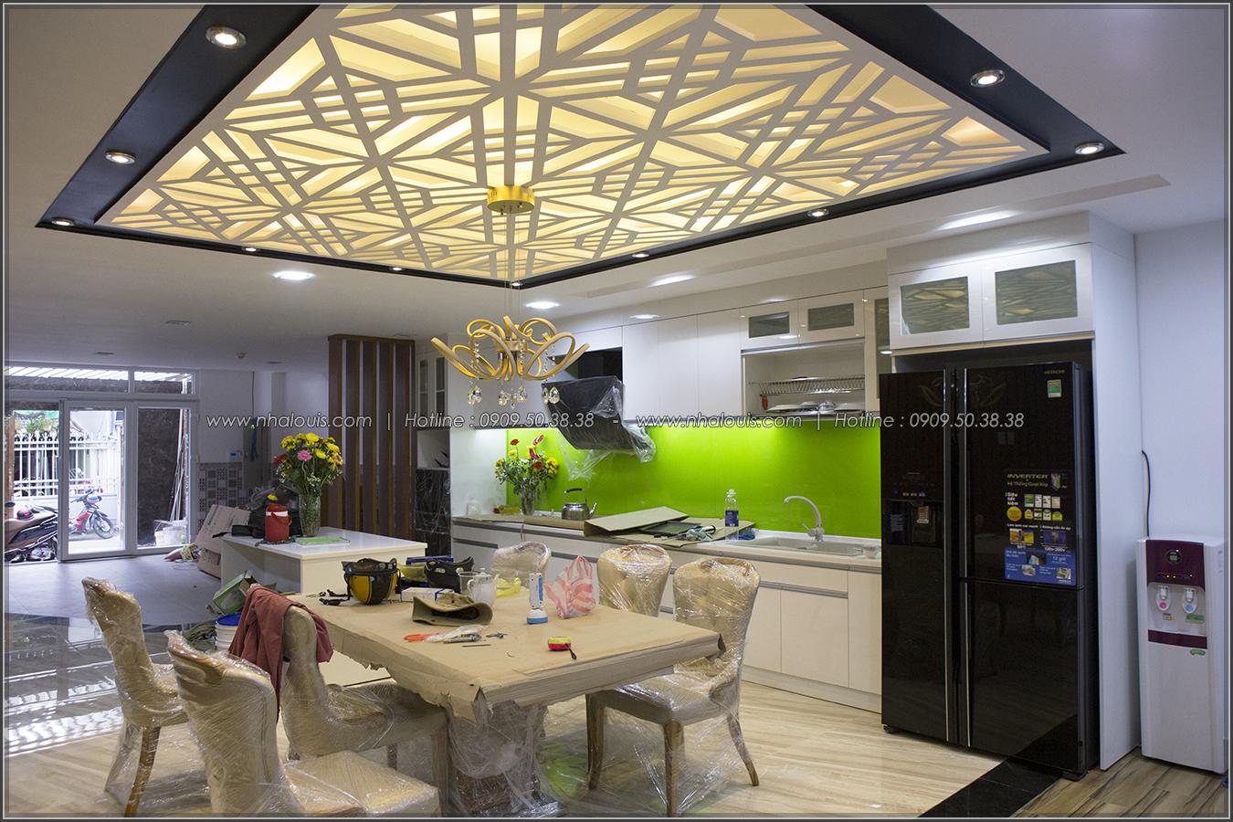Thiết kế và thi công biệt thự phố đẹp với hồ bơi xanh mát tại Tân Bình - 06