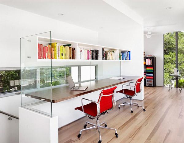 Những mẫu thiết kế văn phòng làm việc tại nhà tiện nghi - 02
