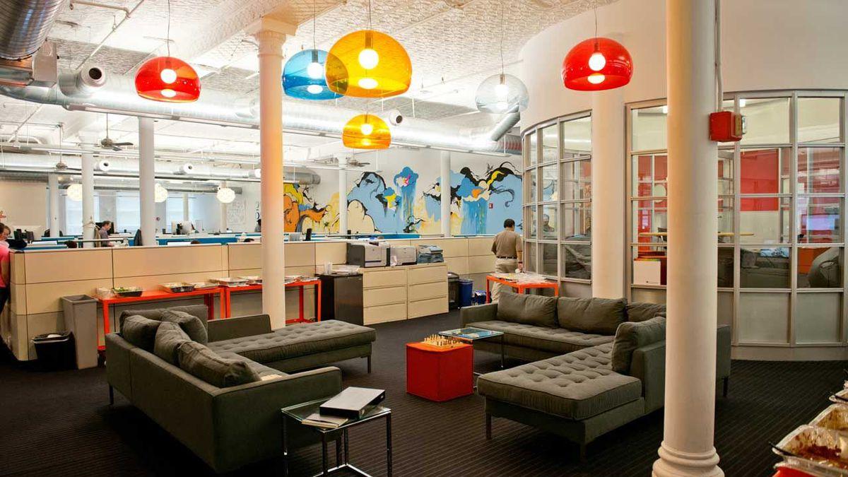 Những mẫu thiết kế văn phòng startup đẹp ngất ngây - 01