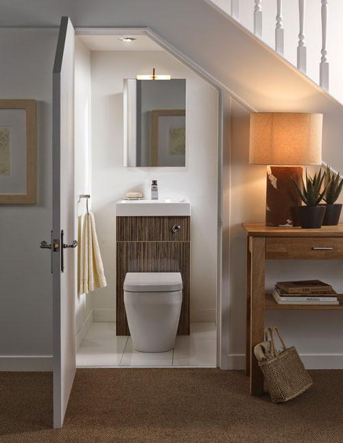 Thiết kế WC dưới gầm cầu thang tiện lợi