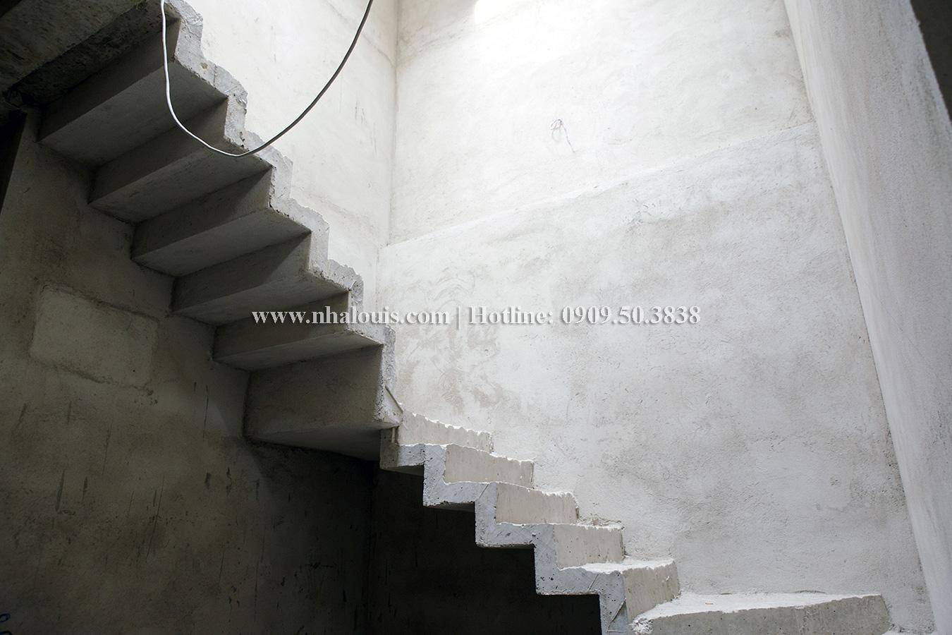 """Nhà phố 3 tầng hiện đại ở Bình Tân sắp sửa """"lộ diện"""""""