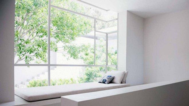 Sức hấp dẫn đến từ những chiếc ghế ngồi bên cửa sổ