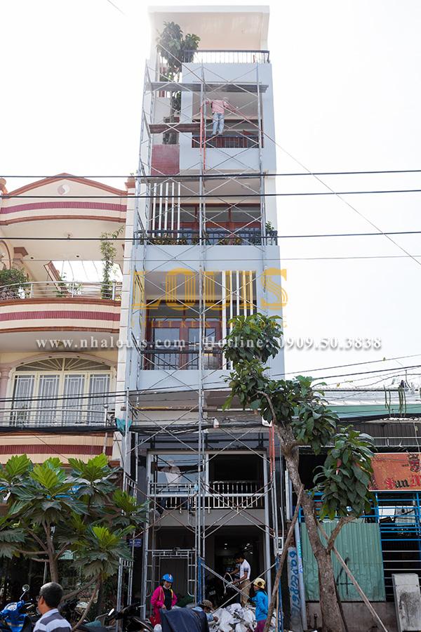 Thi công nhà phố 6 tầng đẹp hiện đại ở quận 8