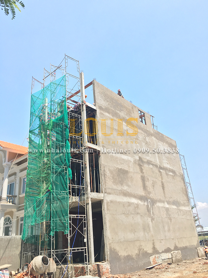 Thi công xây dựng nhà phố tân cổ điển tại Quận 7