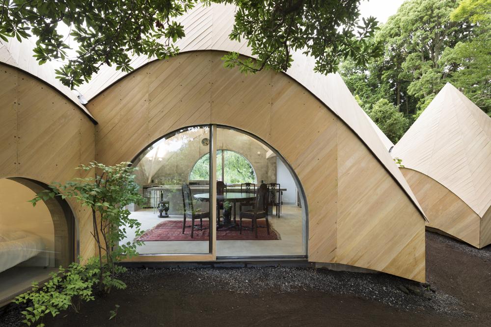 Nhà gỗ phong cách tối giản đẹp như bước ra từ truyện cổ tích