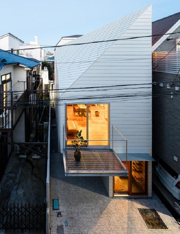 Nhà phố đẹp rẻ của vợ chồng người Nhật gây bất ngờ