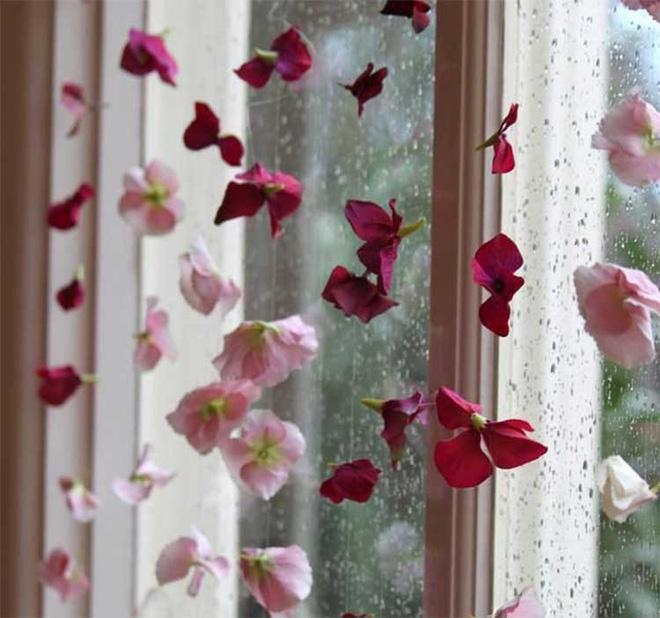 Những cách trang trí cửa sổ đơn giản cực chất