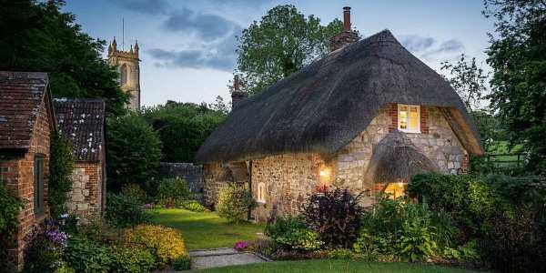 10 ngôi nhà cổ tích bạn chỉ cần nhìn qua là muốn dọn về ở