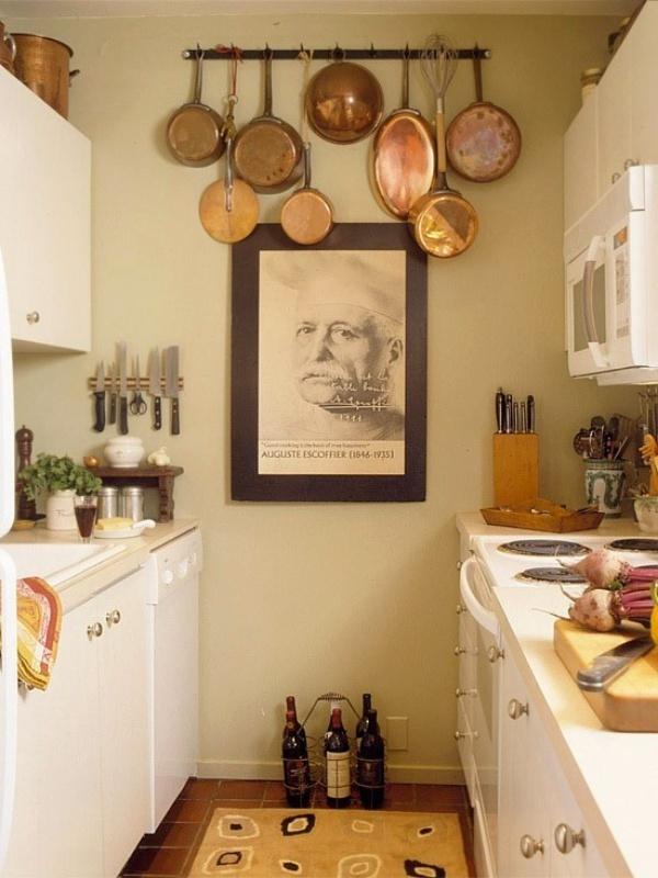 Bếp nhỏ gọn gàng với những tuyệt chiêu lưu trữ đồ thông minh