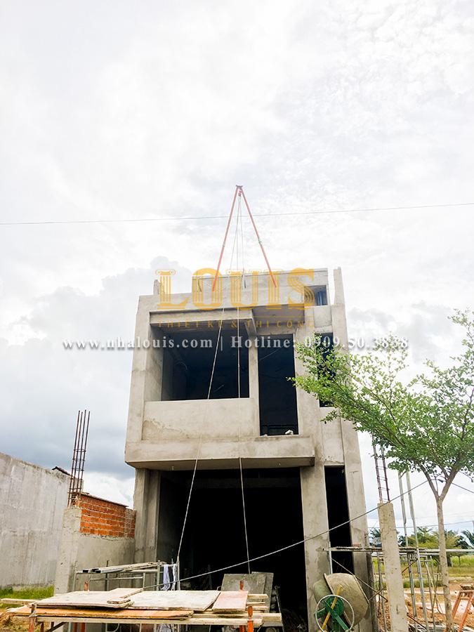 Thi công xây dựng nhà 2 tầng ở Long An nhỏ xinh tiện nghi
