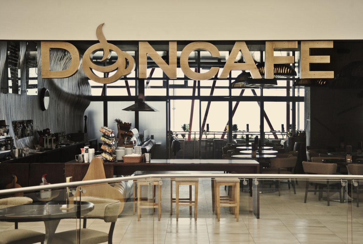 Don cafe house -the hien dang cap trong tung tho go