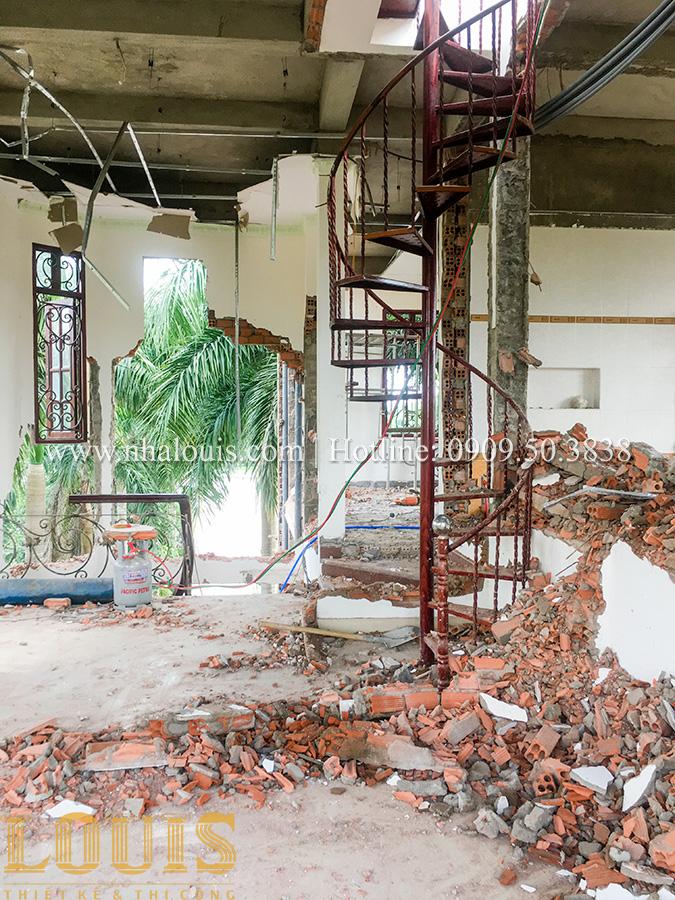 Những công đoạn đầu tiên của quá trình thi công cải tạo biệt thự cổ điển đẳng cấp tại Đồng Nai