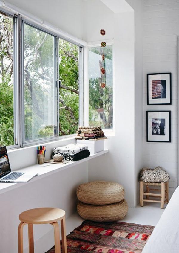Tận dụng không gian cửa sổ thiết kế góc làm việc chất như nước cất bạn nên thử