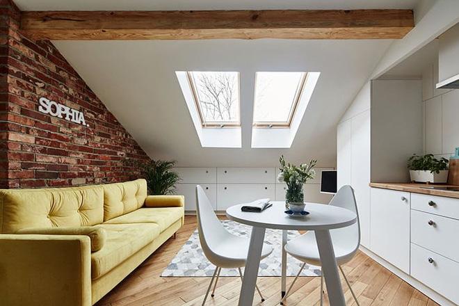 Thích thú với căn hộ 19m2 tiện nghi trên tầng gác mái