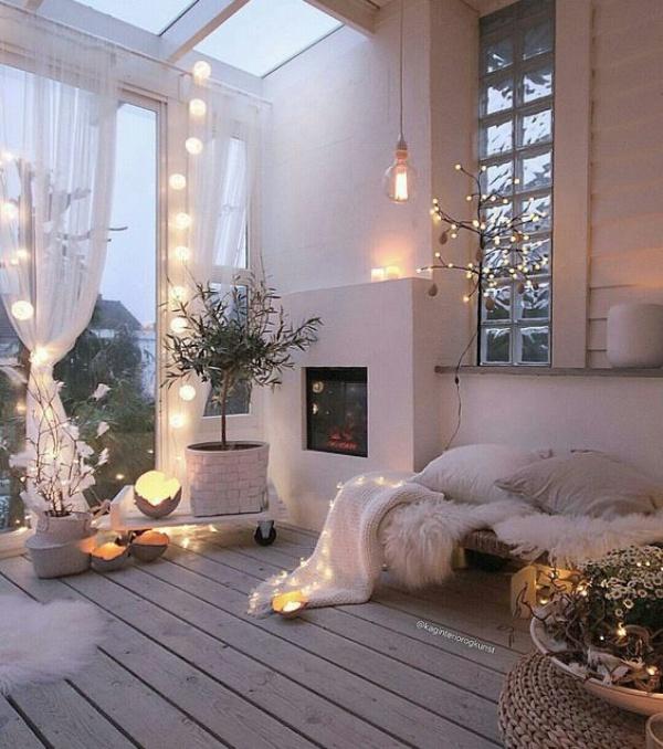 Bí quyết decor phòng ngủ lãng mạn như resort từ đèn LED