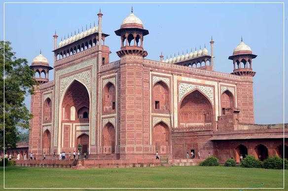 Taj Mahal - Hình mẫu tuyệt vời nhất của kiến trúc Mughal - 04