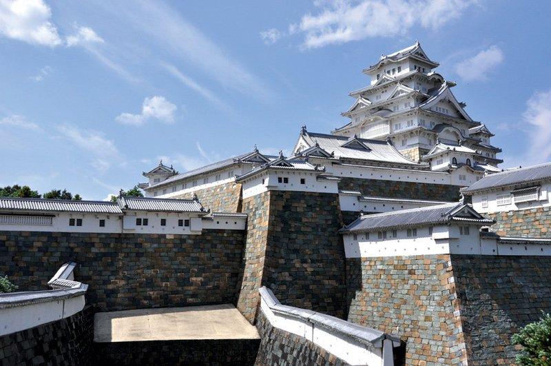 Trầm trồ trước vẻ đẹp thanh tao của lâu đài Himeji ở Nhật Bản - 04